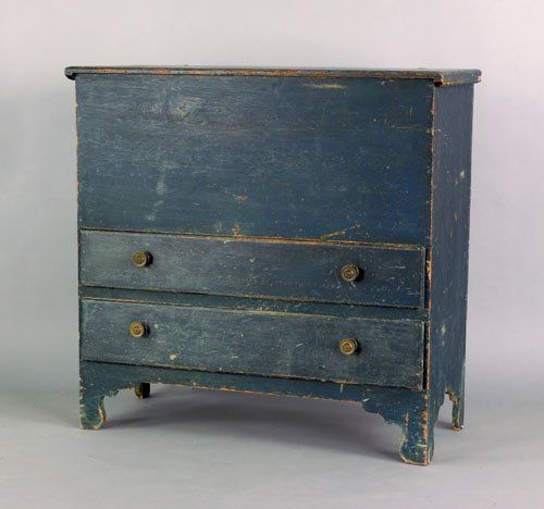 New England painted pine mule chest, late 18th c