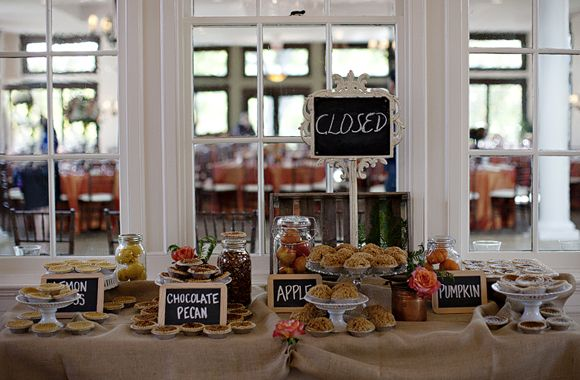 love the twist of having mini pies instead of the more popular cupcakes, especially for a rustic barn wedding