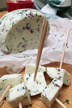 Mutatom hogyan készíts házi sajtot oltóanyag nélkül.