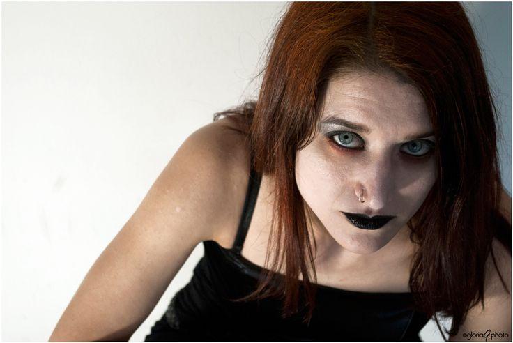 Love 'N' Graves_Undead Freak Show_shoot#8