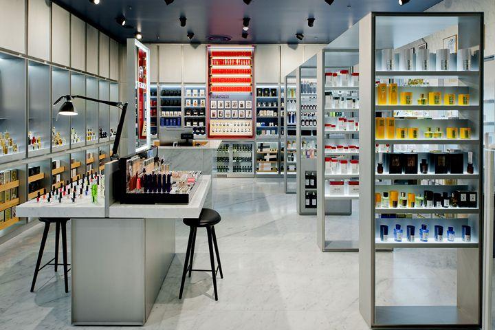 Crème de la crème haute parfumerie by INBLUM architects
