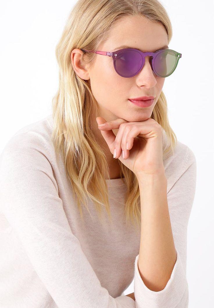 ¡Consigue este tipo de gafas de sol de Even&odd ahora! Haz clic para ver los detalles. Envíos gratis a toda España. Even&Odd Gafas de sol purple: Even&Odd Gafas de sol purple Ofertas   | Ofertas ¡Haz tu pedido   y disfruta de gastos de enví-o gratuitos! (gafas de sol, gafa de sol, sun, sunglasses, sonnenbrille, lentes de sol, lunettes de soleil, occhiali da sole, sol)