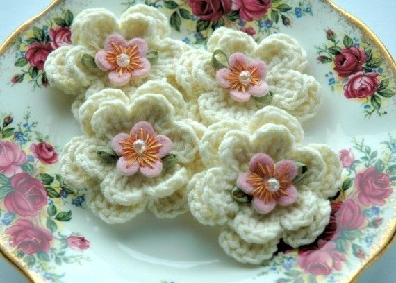 Crochet Flowers  Cream Embellished Crochet Flowers by AnnieDesign