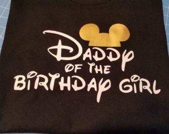 Mamá y papá de la muchacha del cumpleaños camisetas Mouse