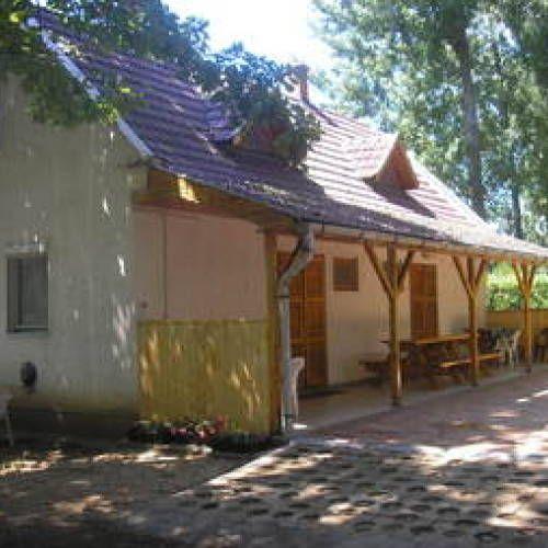 Kisház Apartman Tiszafüred - Szallas.hu