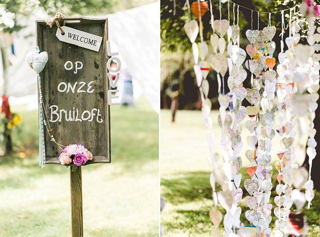 Slingers en tot in de puntjes verzorgde bruiloftsdecoratie. De bruiloft van Kirsten & Joery - Girls of honour