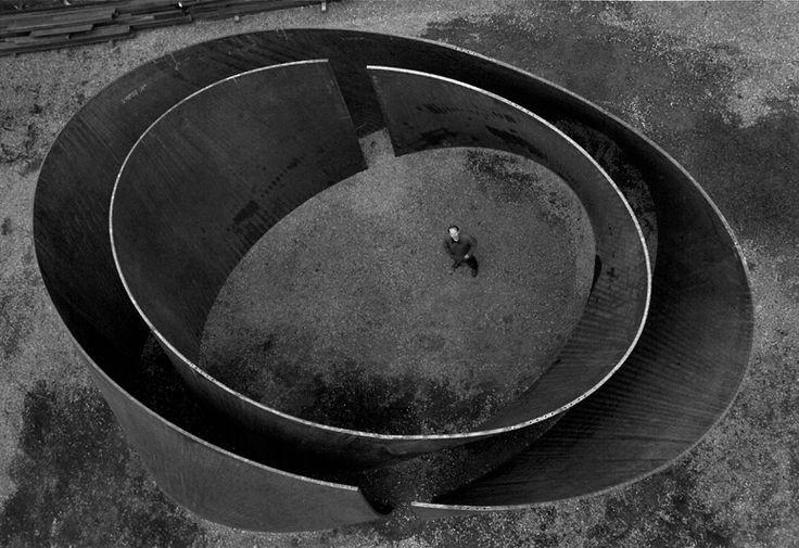 Richard Serra - Double Torqued Ellipse III, 1999