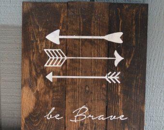 Reclaimed Wood Planked Art - Single - Rustic Nursery / Woodland - be Brave - have Courage - Explore - Arrows - Antlers - Pine Tree - Kids