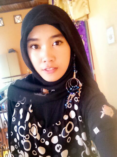Hijab with earring #hijab #hijup #girl