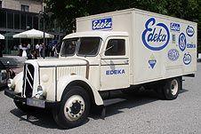 Nostalgisches EDEKA-Auslieferungsfahrzeug