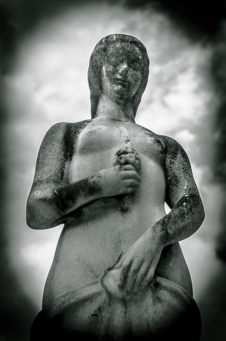 Tempus fugit - amor manet by Thomas TRENZ on 500px