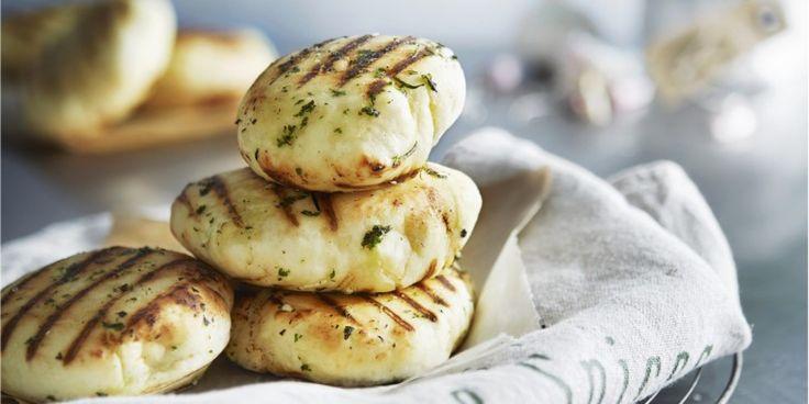 Boodschappen - Platbrood met kruidenolie
