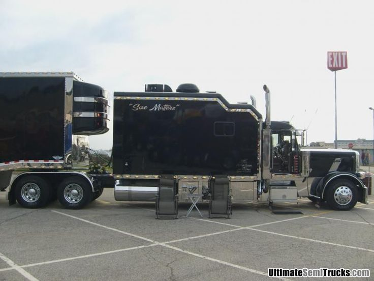 Peterbilt with custom sleeper from the 2008 Mid America Truck Show