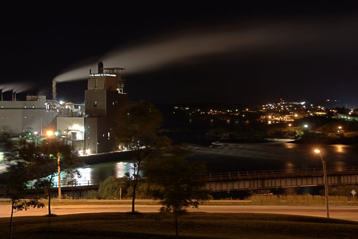 JD Irving Pulp and Paper Mill located at Reversing Falls in Saint John, New Brunswick Canada. HDR image of 5 photos separated by 1/2 stop and 10-30second exposure.Pulppap Mills