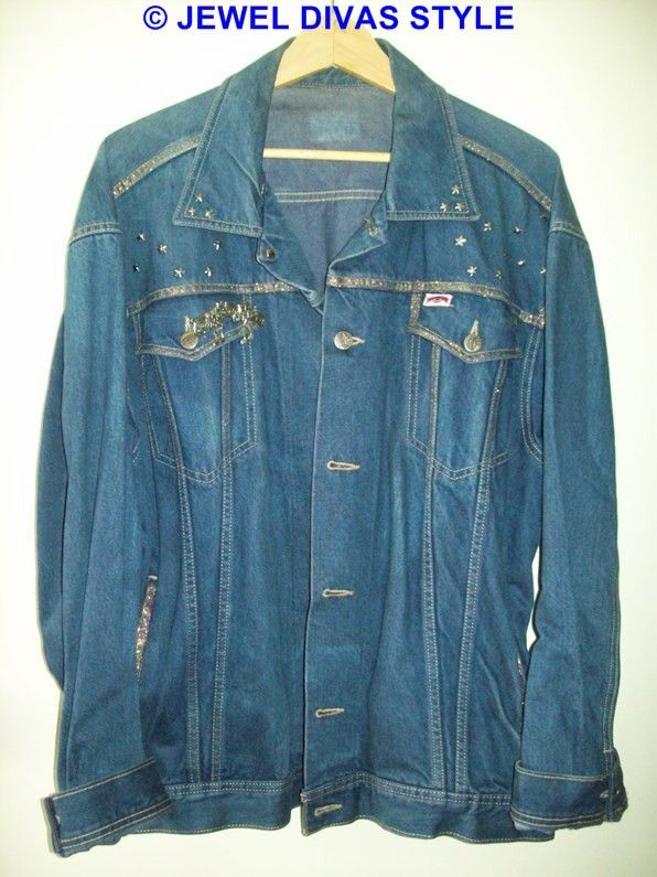JDS - CREATED: dark denim jacket that i painted - http://jeweldivasstyle.com/in-my-life-i-am-a-designer/