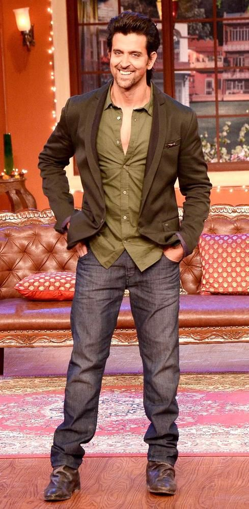 Hrithik Roshan on Comedy Nights with Kapil to promote 'Krrish 3'. #Bollywood #Fashion #Style