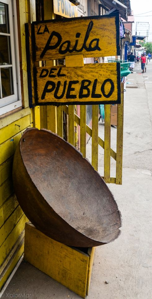 Paila del Pueblo. Excellent rustic bistro on the water in La Palma, capital of the Darien Provence, Panama