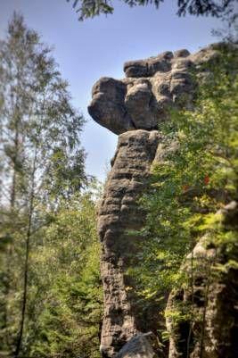 Niesamowite formy skalne na każdym kroku - Błędne Skały