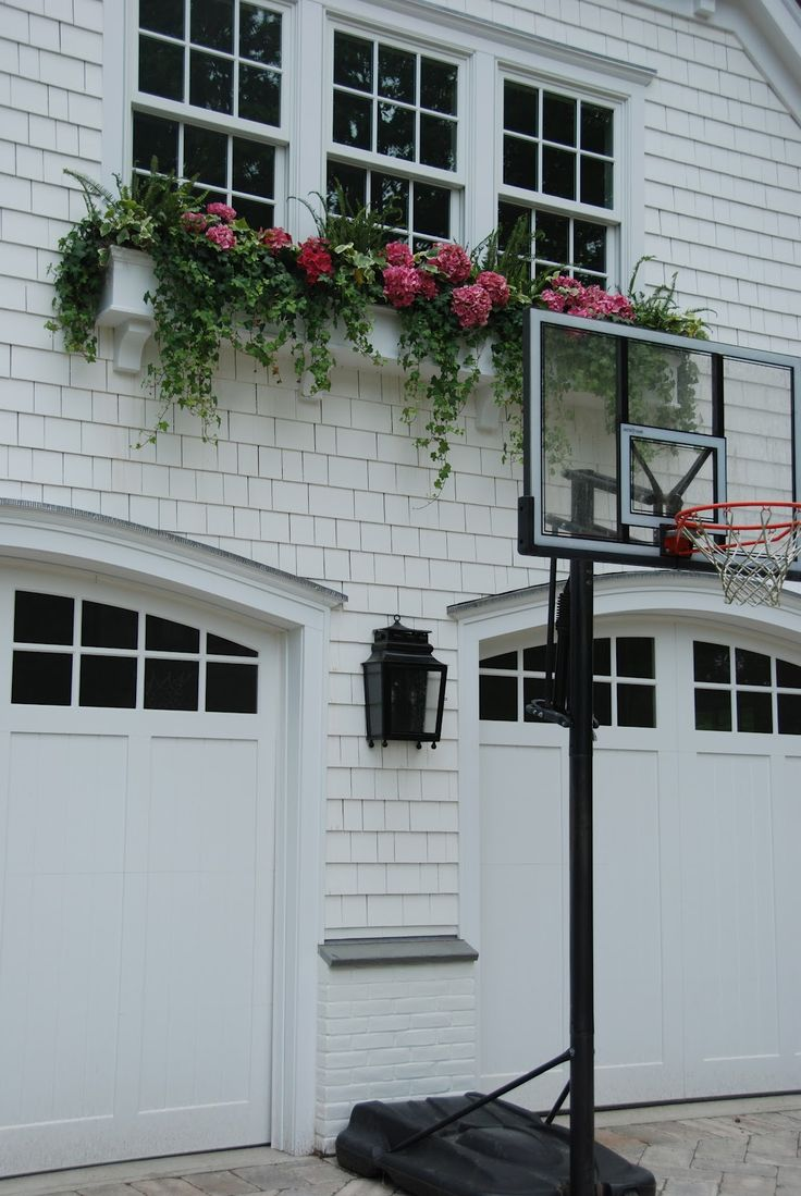 Wilson nc insulated garage door cost - Sometimes Matching The Color Of Your Home Is A Good Way To Tie Your Doors
