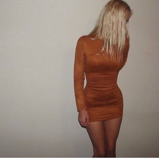 """Oh my 😍😌 Our """"KING KYLIE"""" Suede Dress is now LOW ON STOCK // $26.50 with free faster postage 🌏✨ @tamsynncoless received hers and wears it perfectly 😍  SHOP YOURS ✔️ Link in our Insta bio!  #SataraProof #SataraDress #SataraMoonlight"""