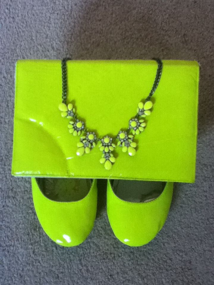 My DIY neon flats, clutch, and necklace! Supplies: spray paint, clear nail polish, acrylic paint, make up sponges, and lots of time and patience. I love how they turned out and they are all wearable (: