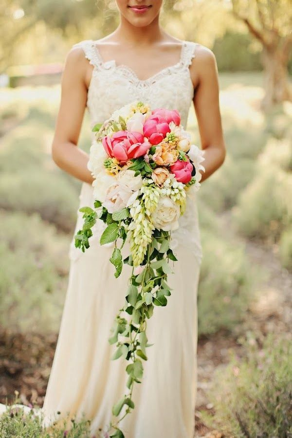 19 Pretty Perfect Cascading Bouquets | Image by Brandi Smyth Photography via @Karen Jacot Jacot Darling Me Pretty