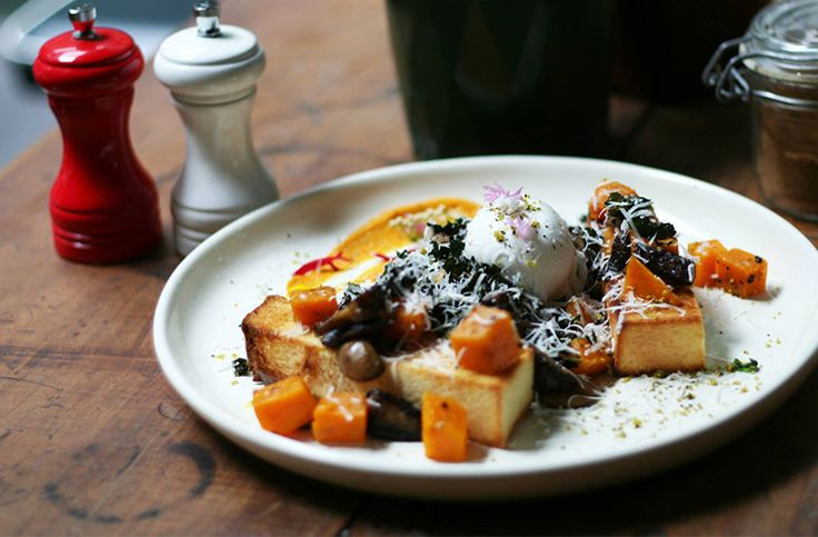 Here, dear foodies, are 100 of the very best Sydney cafés you should have eaten breakfast at if you call this city home.