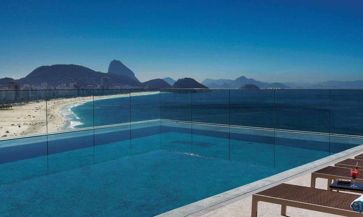 9 hotéis para aproveitar a vista da piscina no verão
