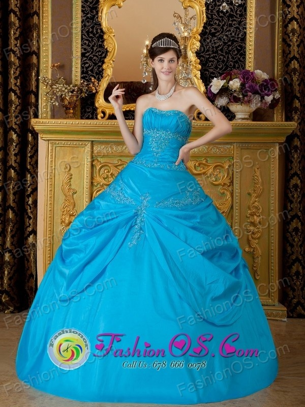 http://www.fashionor.com/Cheap-Quinceanera-Dresses-c-6.html  Gold New Gorgeous Dress like a star Quinceanera dresses gowns  Gold New Gorgeous Dress like a star Quinceanera dresses gowns  Gold New Gorgeous Dress like a star Quinceanera dresses gowns