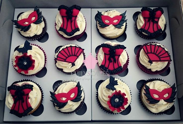 #burlesque #masquerade #corset The truly amazing thing about these cupcakes is that each topper is a) Edible and b) Hand made and painted in our studio. Accompanied by the tastiest buttercream swirl around and the best cupcakes in jhb, truly #unforgetable #emilyscakessa #EmilysCakes #bestcupcakesinjhb #cupcakes #Jhb #joburgcupcakes