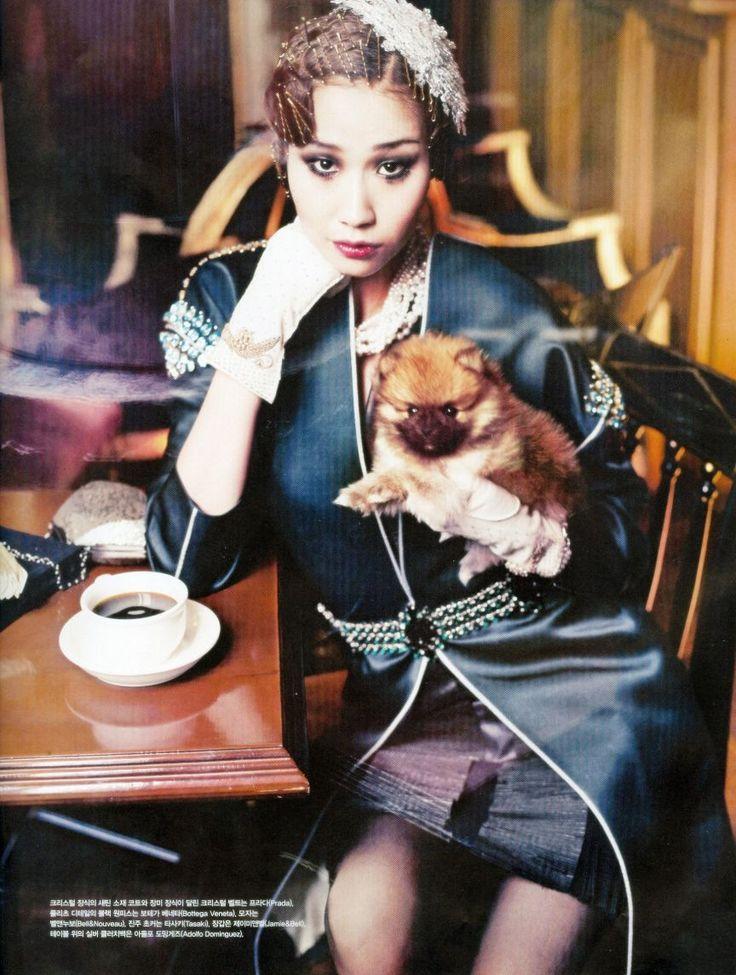 Kim Won Kyung and Song Kyung Ah by Hong Jang Hyun for Vogue Korea Mar 2012