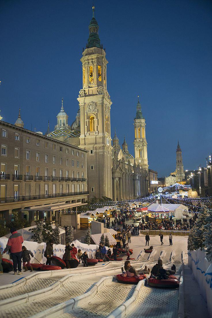 Plaza del Pilar, Zaragoza AD España, © D.R. Celebrar