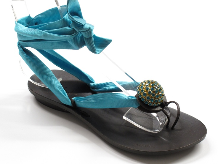 ART. 506 CHOCLIP FOULARD CUPOLA    Shelight #shoes. Made with #Swarovski elements.