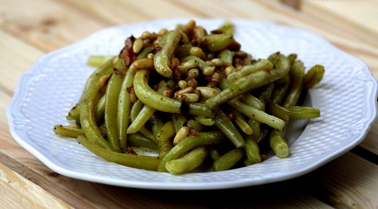 Fasolka szparagowa z orzechami pinii #fasolkaszparagowa #orzechypinii #pycha #food