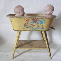 17 best images about vintage tin toys on pinterest. Black Bedroom Furniture Sets. Home Design Ideas
