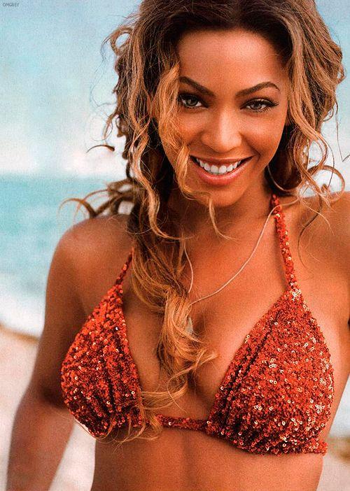 Beyonce knowles bikini pics #4