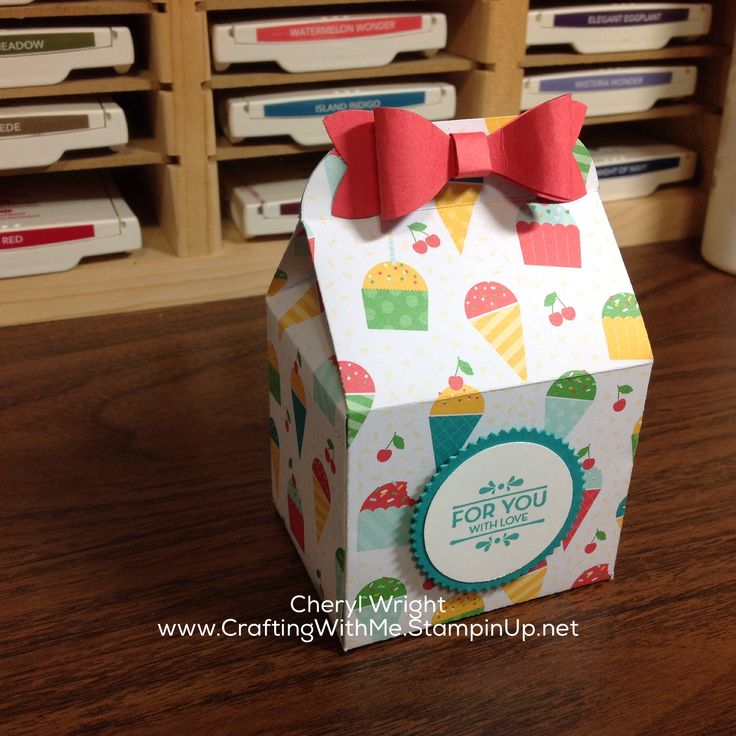 Baker's Box from Stampin Up! dies #StampinUp #CraftingWithMe