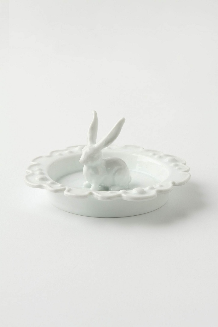 cute ring dish $10 via anthropologieBunnies Rings, Rabbit Rings, Anthropologie Com, Little Animal, Rings Holders, Anthropologiecom Rings, Nestle Rings, Engagement Rings, Rings Dishes