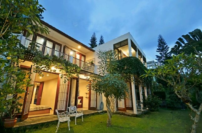 Villa Resort Dago Pakar, Bandung. (Amethyst AN-22)
