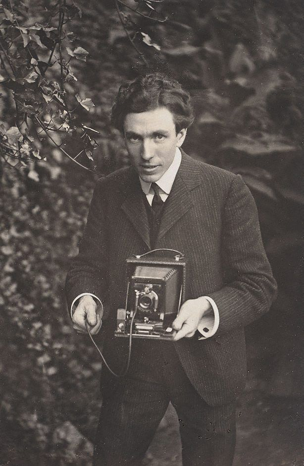 Harold Cazneaux, father of modern Australian photography