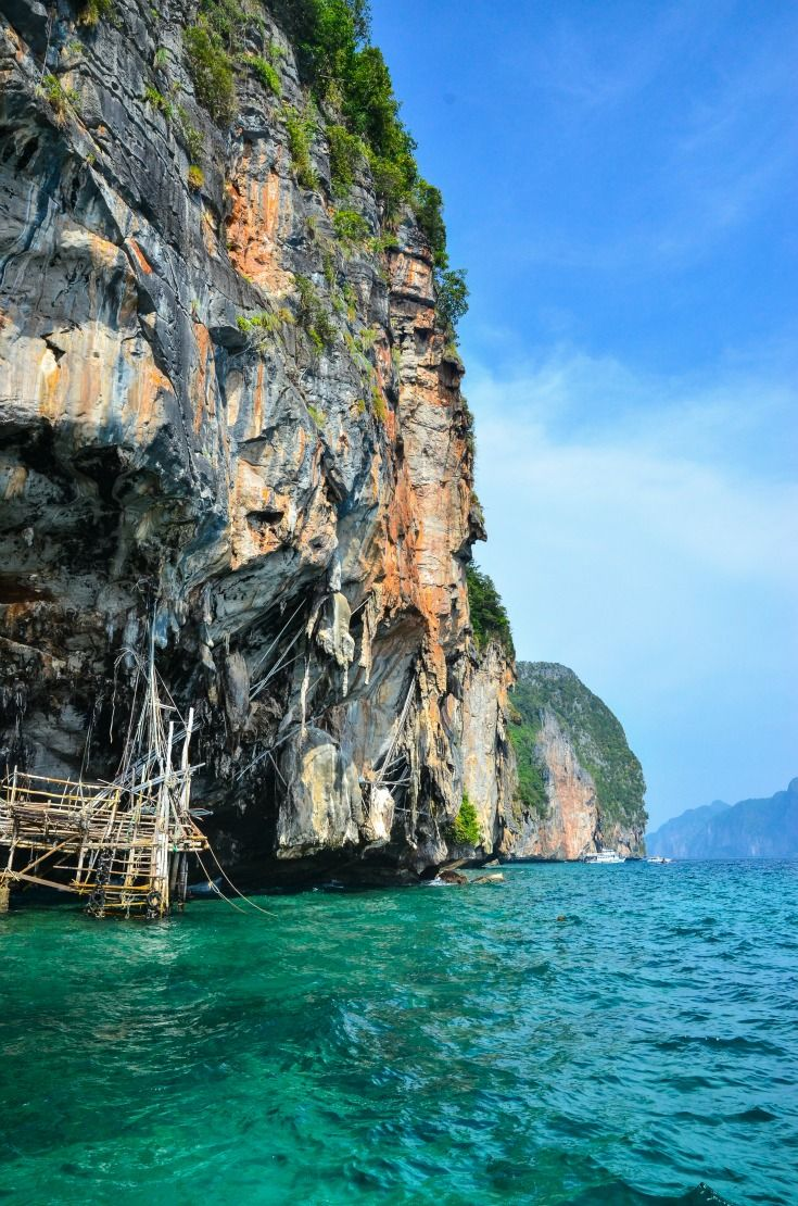 THAILANDIA - Phuket è la destinazione balneare più famosa e amata in Thailandia. #evolutiontravel #thailandia
