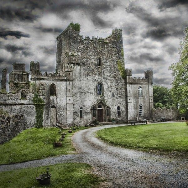 Best Haunted Castles Ideas On Pinterest Gothic Castle - 33 stunning haunting places world