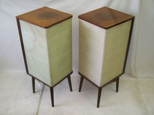 Old-RFT-Rochlitz-standing-speakers-tower-speaker-50s-Rockabilly-boxes