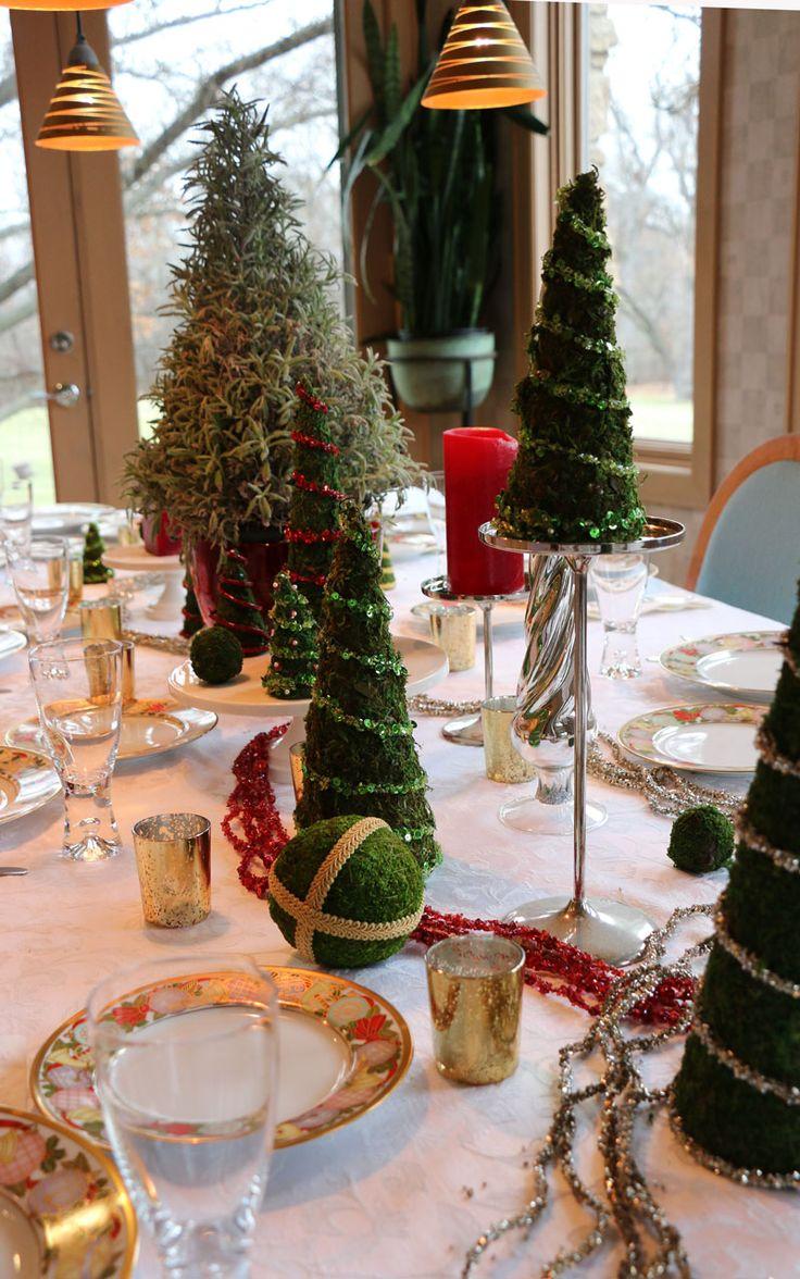 Decorate the christmas tree fa la la la - Diy Christmas Tree Tablescape