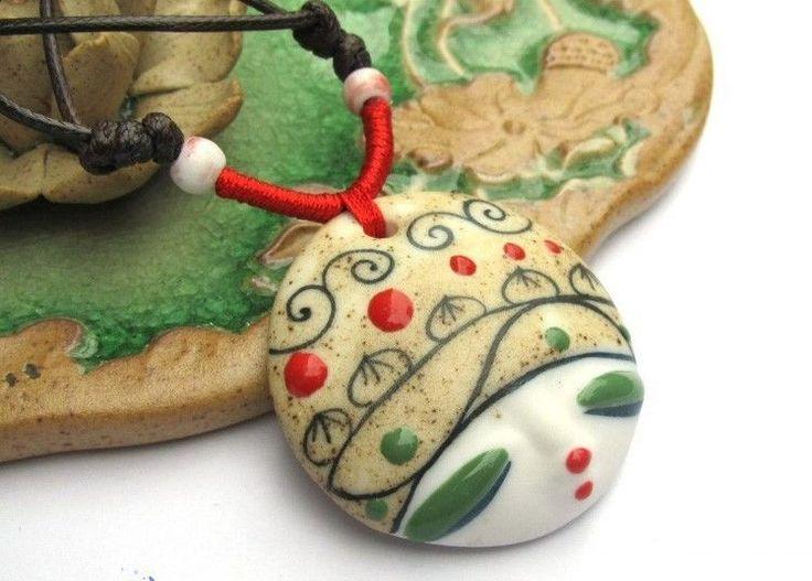Collana artigianale pendente fatto in Ceramica dipinto a mano laccio cerato Nero