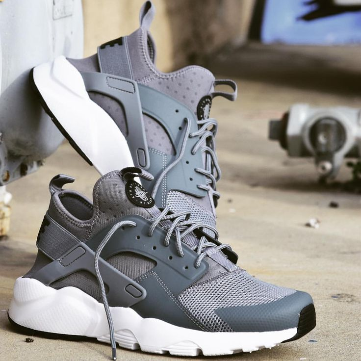 mens nike huarache black and grey