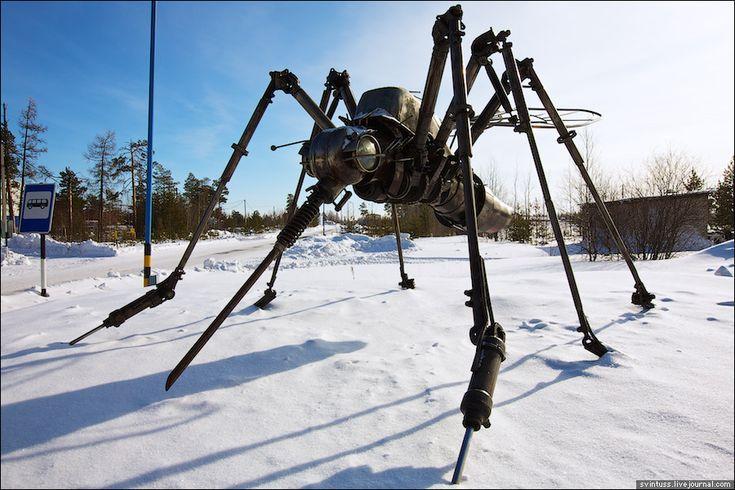 Giant metal mosquito robot sculpture