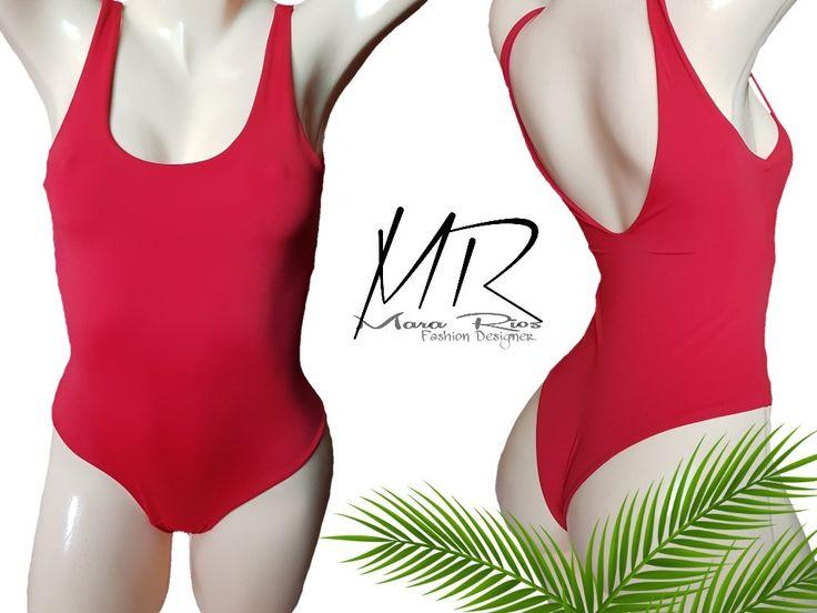 Traje de baño rojo escote en espalda, body