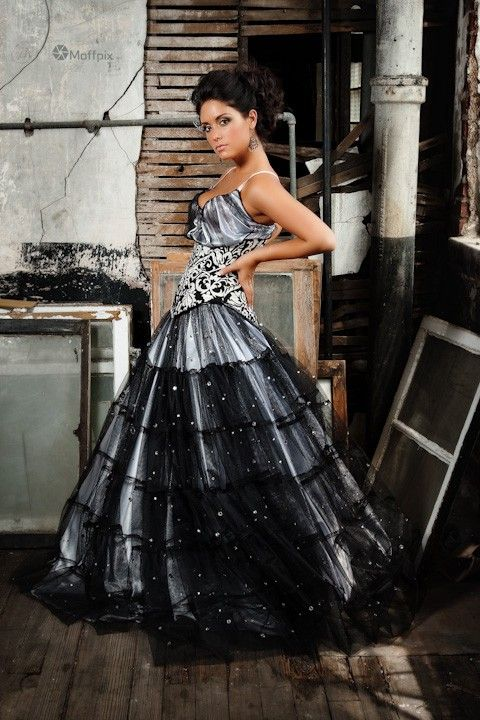 Rock n roll prom dresses great