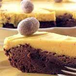 Chokladtårta till påsk  http://www.dansukker.se/se/recept/chokladtaarta-till-paask-1.aspx  Lagom kladdig chokladkaka #choklad #cake #easter